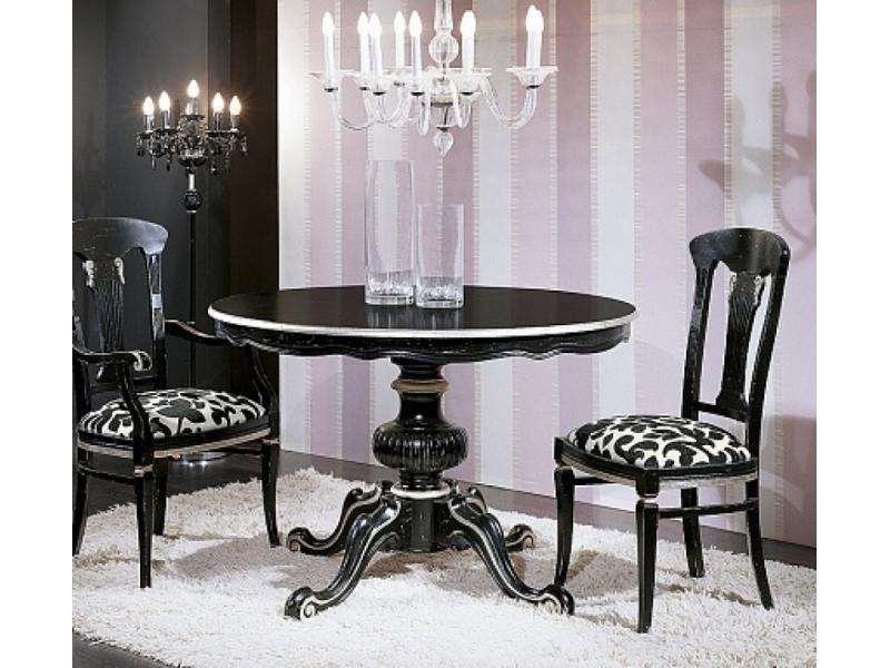 Стол белый с патиной и серебряными деталями