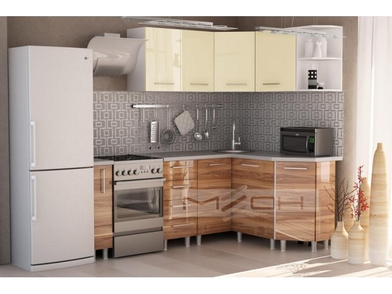 Светлый дизайн угловой кухни