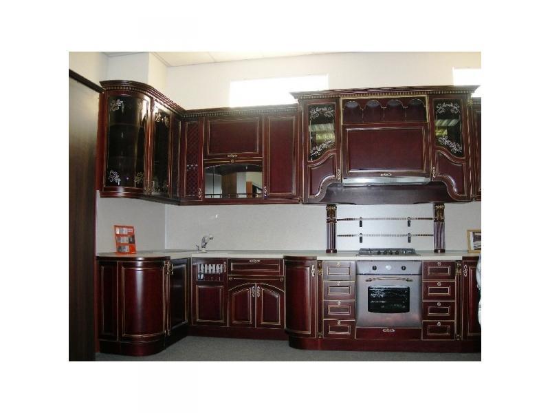 Кухонный гарнитур угловой