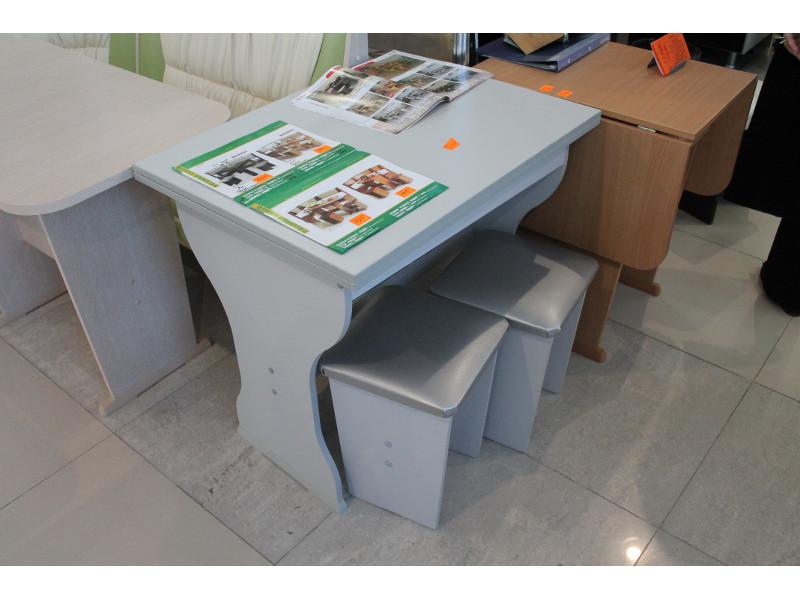 Мебельная выставка Сочи: обеденный стол, стул