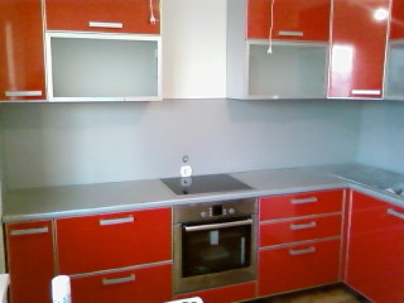 Кухонный гарнитур угловой пластик