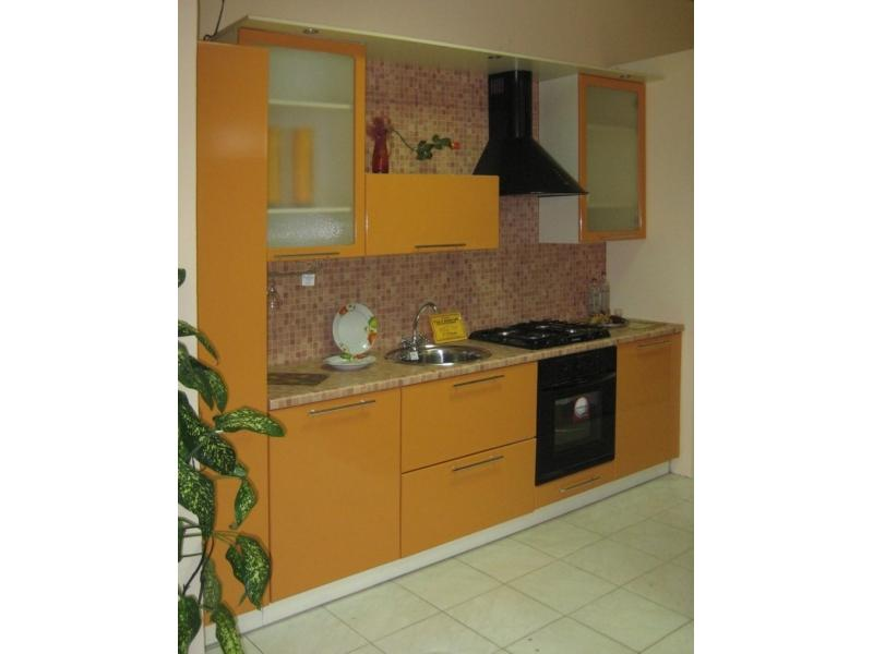 Кухонный гарнитур прямой 37