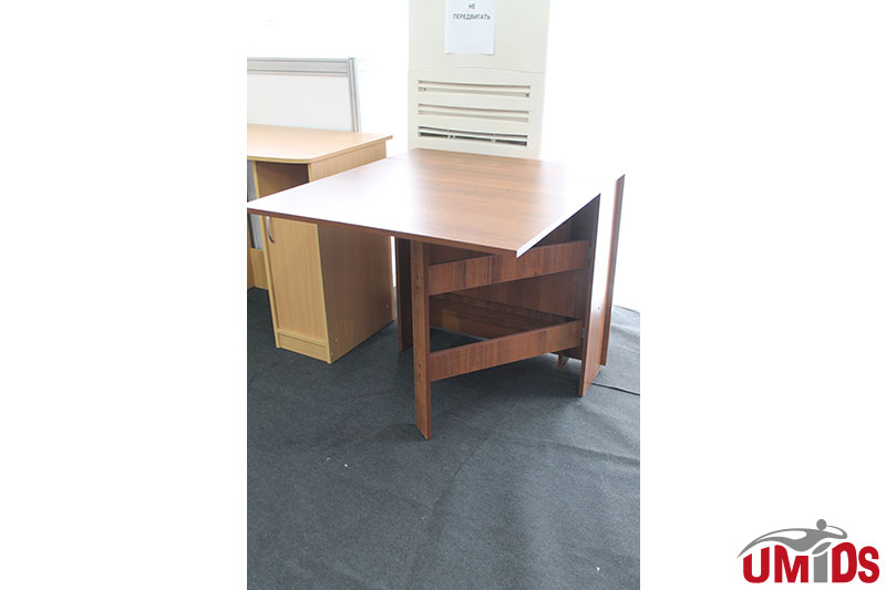Мебельная выставка Краснодар: Стол раскладной