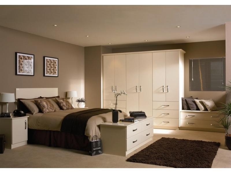Спальный гарнитур 4