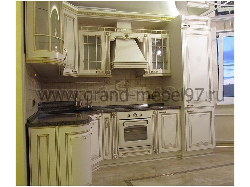 Кухни классика белые с золотом фото