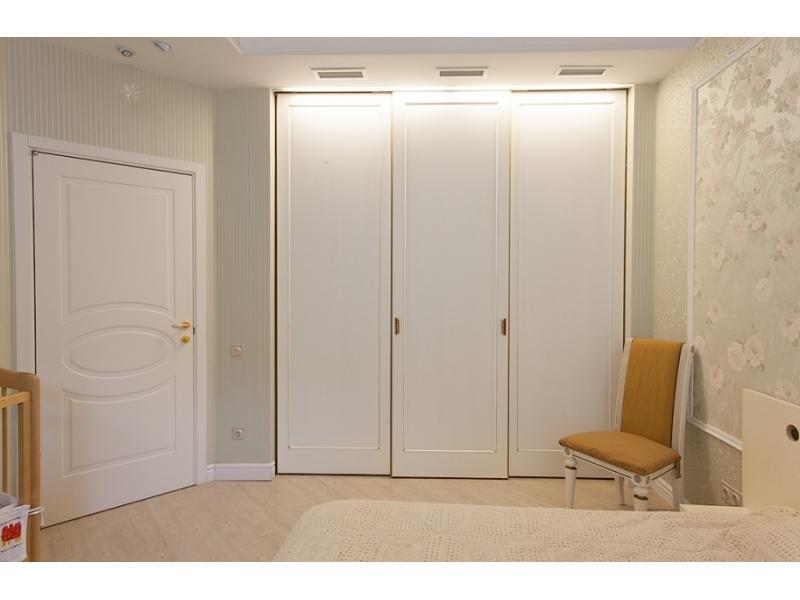 Двери для встроенных шкафов.