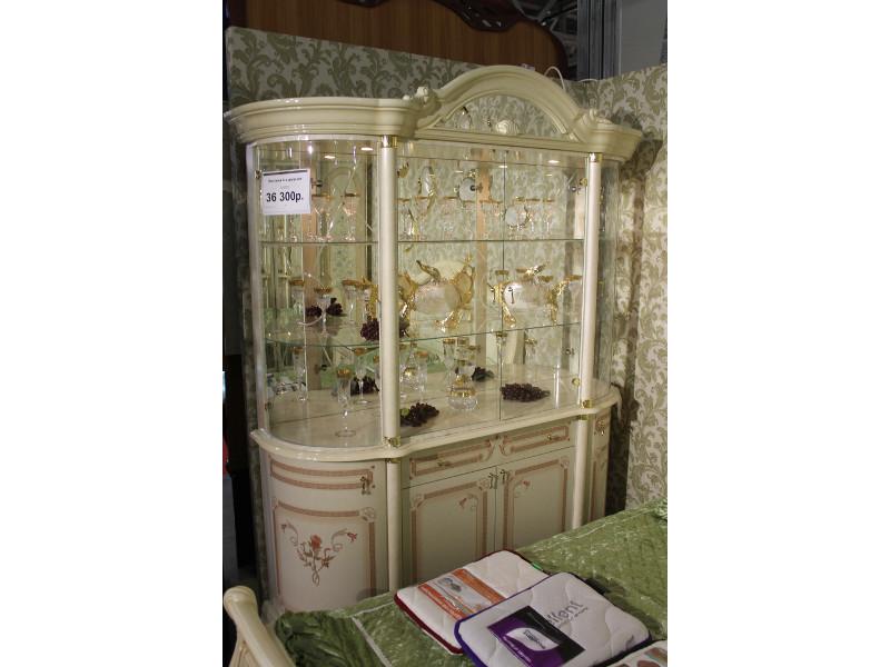 Мебельная выставка Москва: гостиная витрина