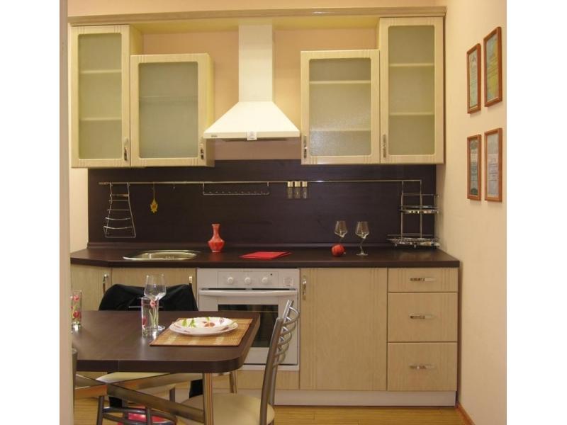 Кухонный гарнитур прямой 26