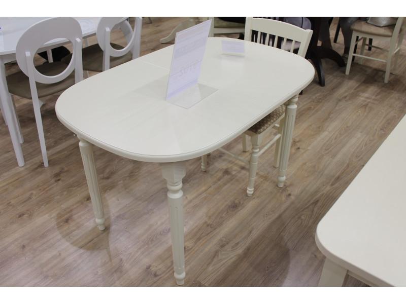 Мебельная выставка Москва: стол, стуль