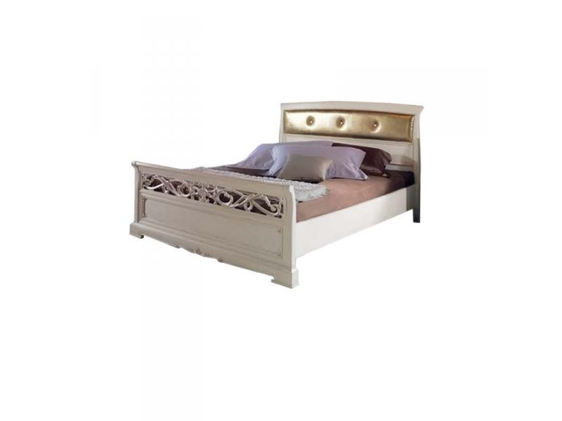 Кровать обитая
