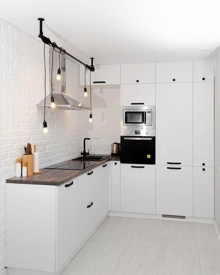 Кухня белая
