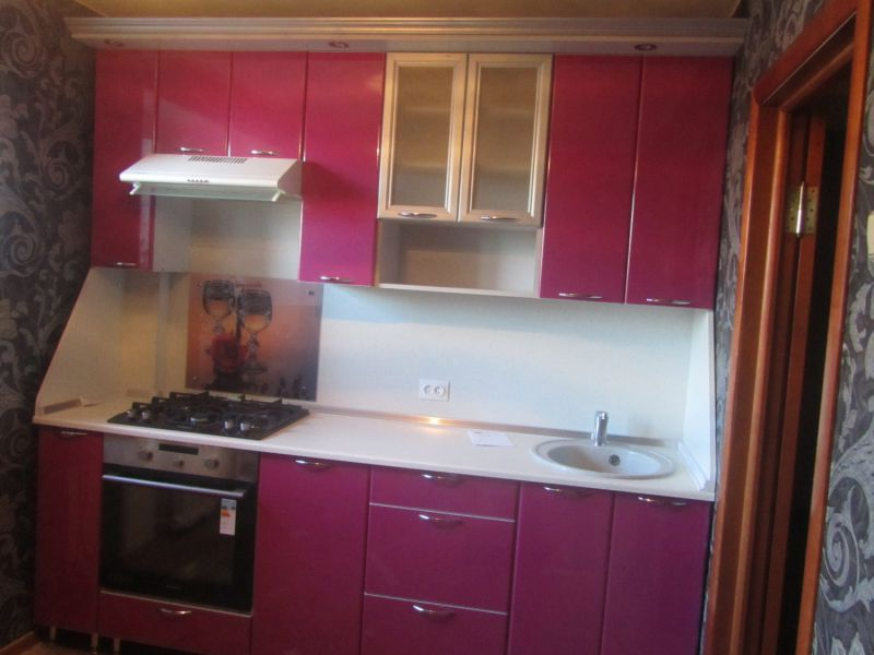 Маленькая прямая кухня