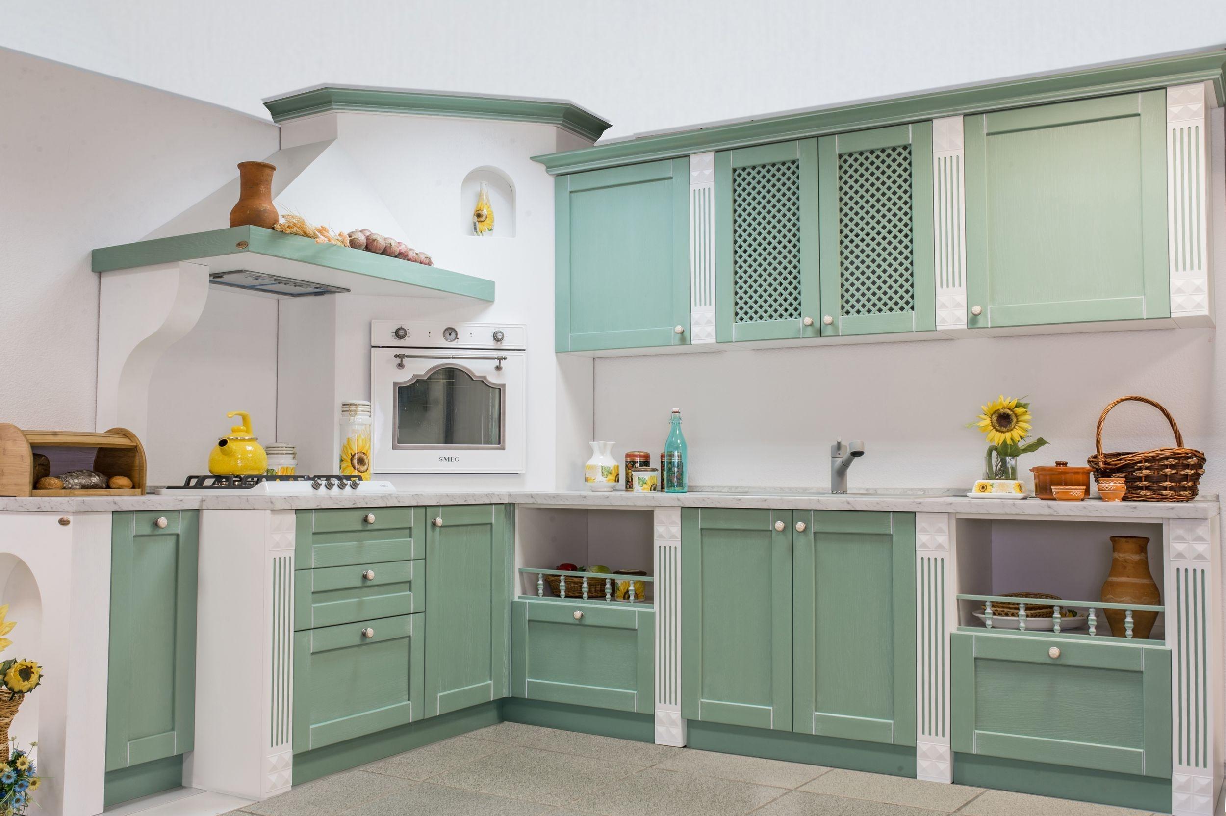 белая кухня с зеленой патиной картинки это тот случай