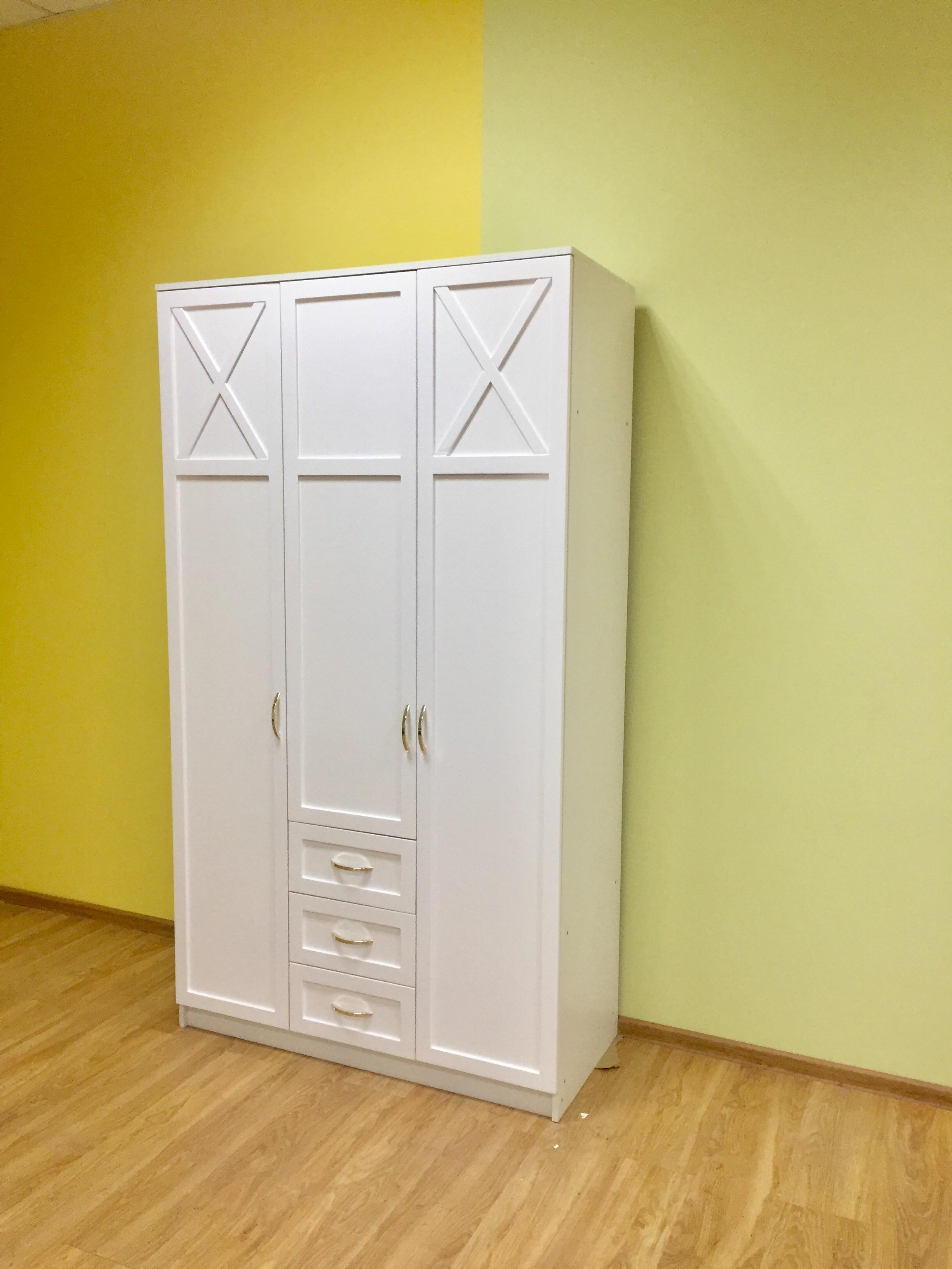 """Мебельная фабрика """"брянск-мебель"""", г. брянск / шкаф белый са."""