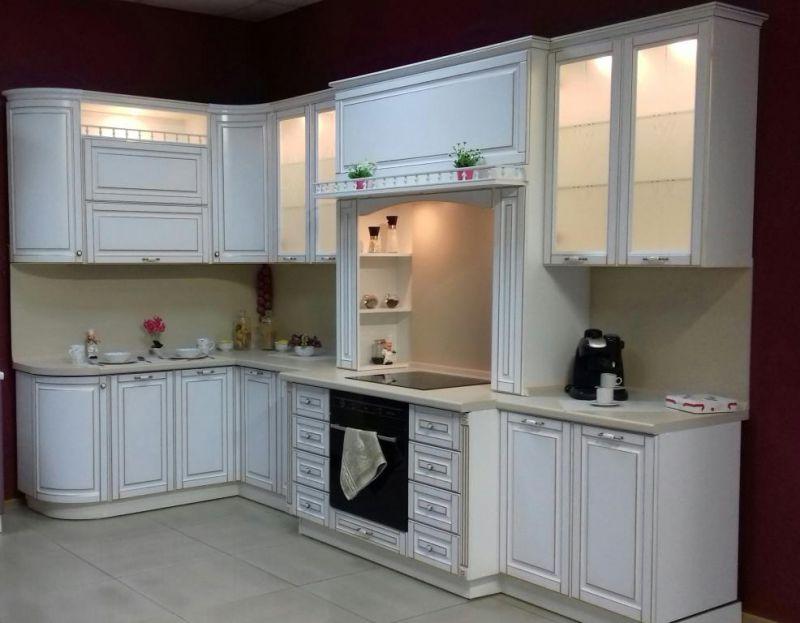 Кухня Пленка ПВХ белый глянец + золотая патина