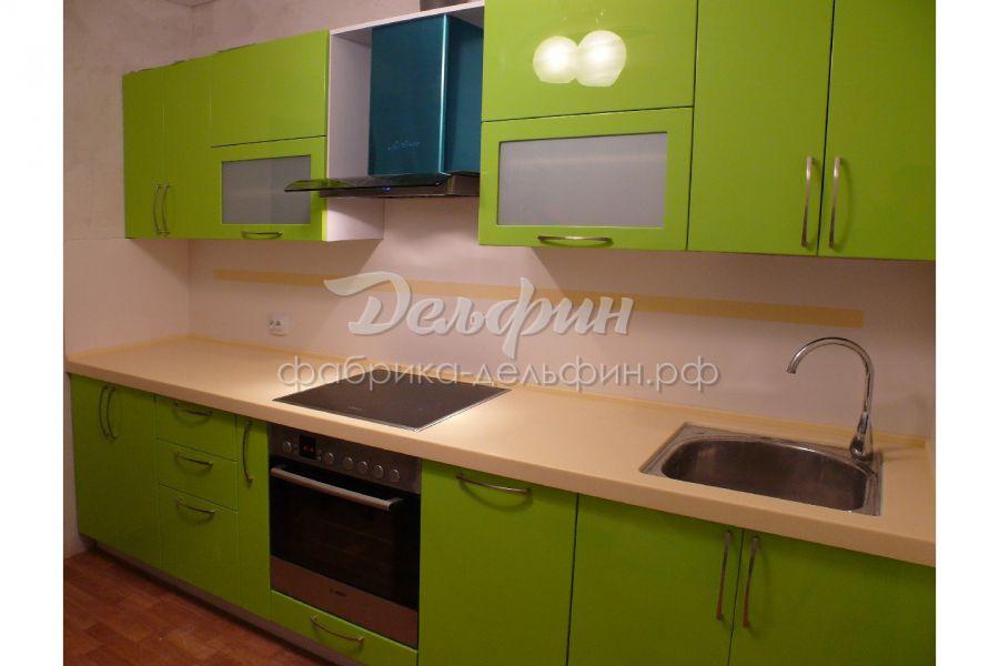Прямая зеленая кухня