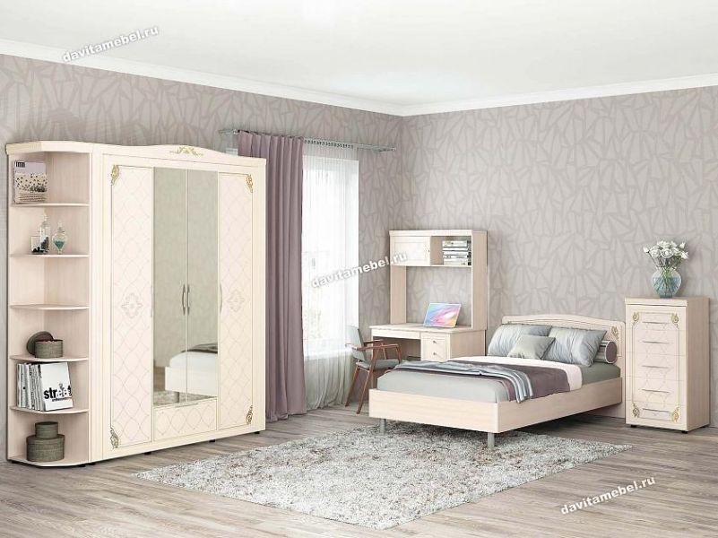 Светлый спальный гарнитур Версаль