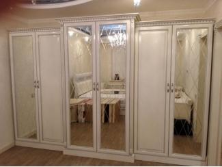 Большой шкаф с зеркалами  - Мебельная фабрика «Настоящая Мебель»