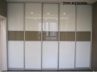 Прямой шкаф-купе в гостиную  - Мебельная фабрика «700 Кухонь»
