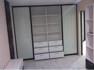 Шкаф-купе - Мебельная фабрика «Три кита»