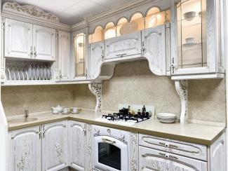 Кухонный гарнитур Ясень цвет белый-патина золото - Мебельная фабрика «ARVA»