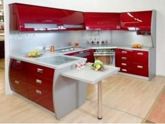 Яркая угловая кухня с баром  - Мебельная фабрика «Перспектива»