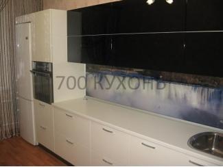 Большая черно-белая кухня  - Мебельная фабрика «700 Кухонь»