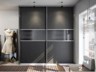 Шкаф-купе с матовыми дверьми