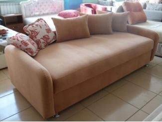 Кровать с задней спинкой  - Мебельная фабрика «На Трёхгорной»