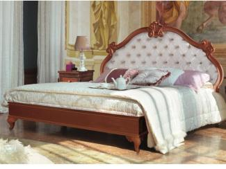 Кровать резная - Импортёр мебели «Spazio Casa»