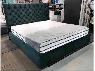 Кровать Lorenzo с пуговицами