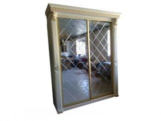 Шкаф-купе с зеркальными дверями - Мебельная фабрика «Шанс»