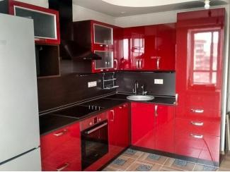 Красная угловая кухня  - Мебельная фабрика «Моя кухня», г. Санкт-Петербург