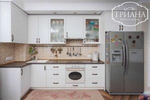 Простая белая кухня Алезия - Мебельная фабрика «Триана»