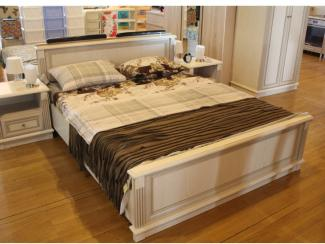 Мебельная выставка Ялта (Крым): кровать - Мебельная фабрика «Столплит», г. Химки