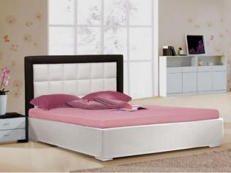 кровать двуспальная 3