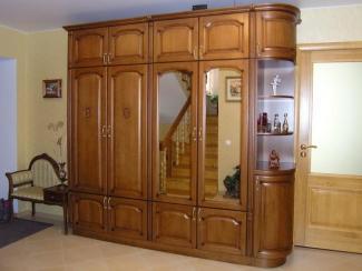 Шкаф в прихожую Бук цвет старый орех-патина черная - Мебельная фабрика «ARVA»