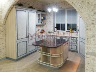 Кухня угловая Белая с патиной - Мебельная фабрика «Маруся мебель»