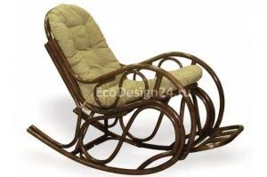 Кресло-качалка из ротанга с подножкой