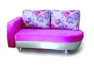Яркий прямой диван Капри