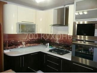 Черно-белая угловая кухня  - Мебельная фабрика «700 Кухонь»