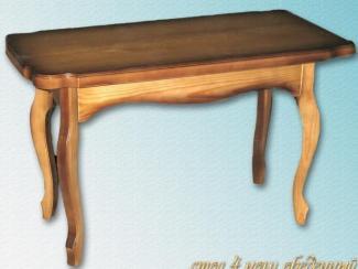 Стол на 4-х лекальных ногах, столешница резная из массива дерева
