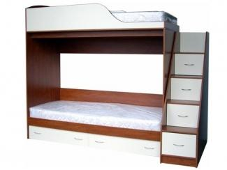 Детская кровать для двоих с лестницей