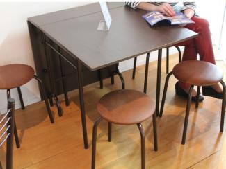Мебельная выставка Ялта (Крым): стол раскладной