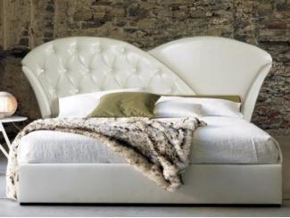 Большая изысканная кровать Реджина  - Мебельная фабрика «Стрэк-тайм»