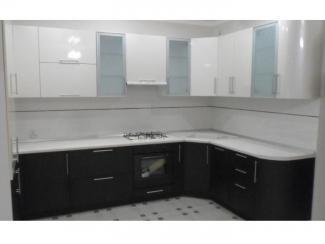 Угловая кухня в черно-белом цвете Пластик - Мебельная фабрика «Вектра-мебель»