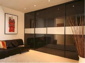 Стильный шкаф-купе с подсветкой  - Мебельная фабрика «700 Кухонь»