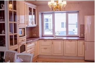 Белая кухня из массива сосны - Мебельная фабрика «Адриати»