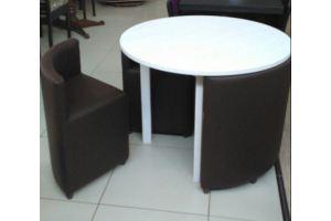 Набор Стол круглый, с четырьмя табуретами  - Мебельная фабрика «Версаль»
