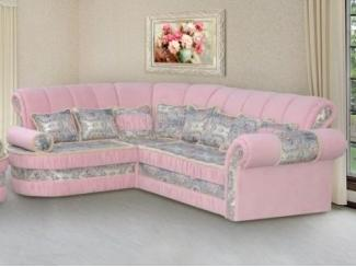 Мягкий угловой диван в розовом цвете